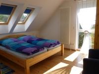 schlafzimmer-og-blau